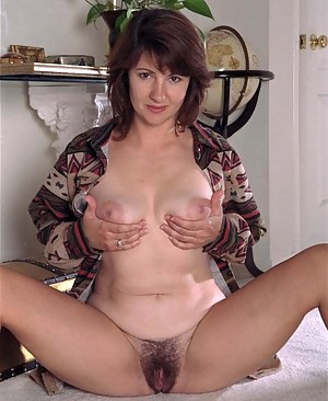 Nude pic mom Nude Mom